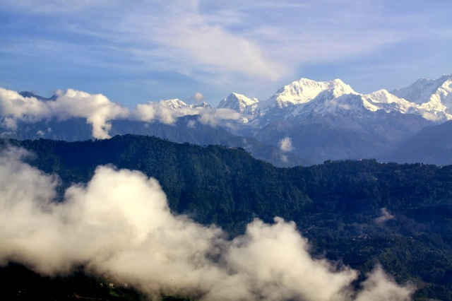 kanchenjunga peak Kaluk